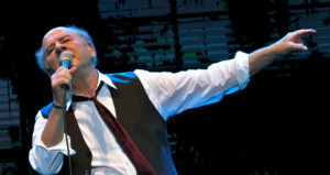 Art Garfunkel Brings his Soothing Voice to Kean Stage this September