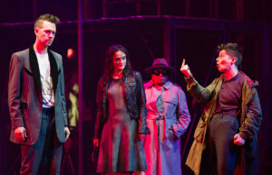 BWW Review: DEAD DOG IN A SUITCASE (AND OTHER LOVE SONGS), Bristol Old Vic