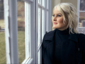 Grammy-Winner Paula Cole's New Album REVOLUTION Out 9/13