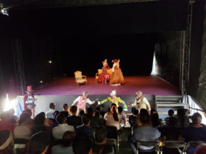 Las Preciosas Ridículas, De Molière, Convence Al Público Infantil De Tacámbaro, Michoacán