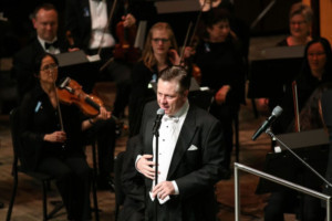 Anthony Kearns Will Headline Tribute To Tenor Frank Patterson At The National Concert Hall