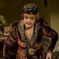 Review - Blithe Spirit and Early To Bed