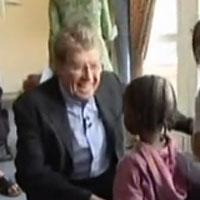 STAGE TUBE: Michael Crawford Visits Eckerlsey House