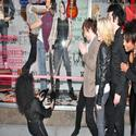 Photos: AMERICAN IDIOT Unveils IDIOT-Themed Windows at Bloomies