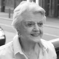Photo Coverage: Angela Lansbury After Her Final 'BLITHE SPIRIT' Performance