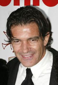 RIALTO CHATTER: Banderas Eyes 'ZORBA' For Stage Return