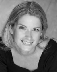 MARY POPPINS National Tour Welcomes Caroline Sheen as New 'Mary' for Limited Engagement, 2/11