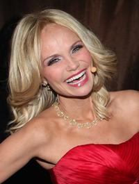 Chenoweth Opens NY Yankee Game with National Anthem, 4/13