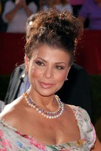 Paula Abdul Channels Ellen During VH1 DIVAS