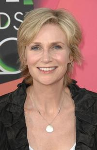 DVR Alert: Talk Show Listings Wednesday, April 7 - Jane Lynch & More