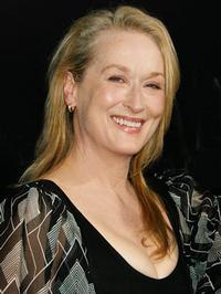 Meryl Streep Wins Globe for Best Performance by an Actress in a Motion Picture