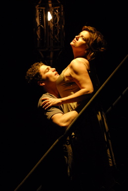 Review 39 A Streetcar Named Desire 39 At 2nd Story Theatre