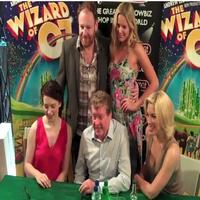 STAGE TUBE: WIZARD OF OZ Cast Signs Albums at Dress Circle