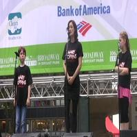 BWW TV: MARY POPPINS Plays Bryant Park!