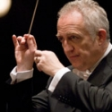 Bramwell Tovey Returns to Hollywood Bowl, 8/10