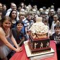 Photo Flash: Vinny Buzzetta Makes Cake for BILLY ELLIOT's 1000 Performance