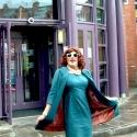 Photo Flash - DIE, MOMMIE, DIE! UK Production - Angela Arrives in Manchester