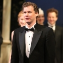 Julian Ovenden Departs DEATH TAKES A HOLIDAY; Kevin Earley to Complete Limited Engagement