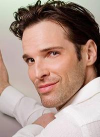Hugh_Panaro_to_Perform_at_Inside_Broadways_Beacon_Awards_20010101