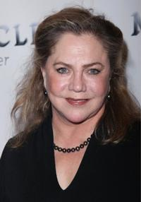 Kathleen_Turner_HIGH_20010101
