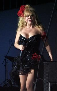 Charo_in_GIRL_TALK_THE_MUSICAL_20010101