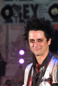 Billy_Joe_Armstrong_to_Return_to_AMERICAN_IDIOT_Jan_1_20101130