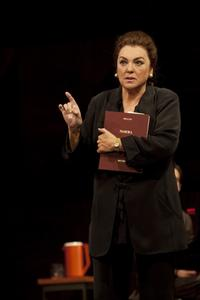 Official_Tyne_Daly_to_Star_in_MASTER_CLASS_at_MTC_May_2011_20010101
