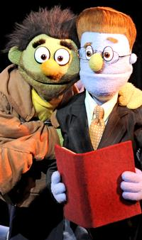 BWW_Reviews_It_Doesnt_Suck_To_Be_AVENUE_Q_20010101