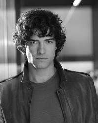 Lee_Mead_Confirmed_To_Replace_Alex_Gaumond_in_LEGALLY_BLONDE_THE_MUSICAL_From_June_20010101