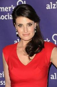 Idina_Menzel_Returns_to_Cincinnati_20010101