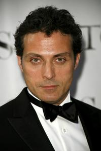 Rufus_Sewell_Joins_Cast_of_ABRAHAM_LINCOLN_VAMPIRE_HUNTER_20010101