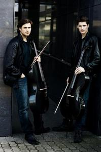 Sony MASTERWORKS Signs Viral Internet Sensation 2CELLOS