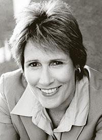 Diana-Nyad-Gets-Action-Maverick-Award-Presented-by-BIllie-Jean-King-512-20010101