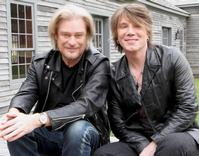 Goo Goo Dolls' John Rzeznik Appears On LIVE FROM DARYL'S HOUSE 5/15