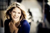 SOUND-OFF-Special-Interview-Kelli-OHara-At-The-Town-Hall-20010101