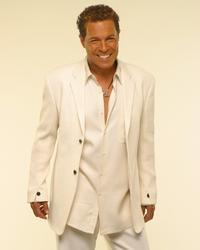 Clint Holmes Returns to the Suncoast Showroom July 2-3
