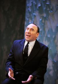 Antony Sher and Tara Fitzgerald Lead BROKEN GLASS