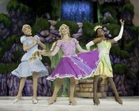 Disney On Ice Presents Dare to Dream and Treasure Trove