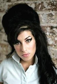 Amy-Winehouses-Family-Issues-Statement-On-Her-Death-20010101