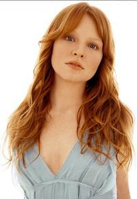 Lauren-Ambrose-Bartlett-Sher-Talk-FUNNY-GIRL-Casting-20010101