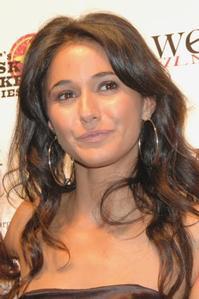 Emmanuelle-Chriqui-Roslyn-Ruff-et-al-Join-Cast-of-LOVE-LOSS-20010101