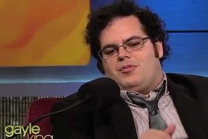 STAGE TUBE: Josh Gad Sings Lullaby on GAYLE KING SHOW