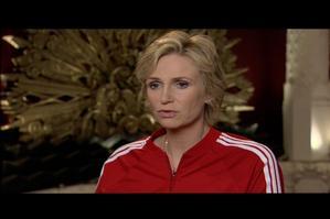 GLEE TV: Jane Lynch Talks GLEE's 'Dream On'