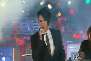 STAGE TUBE: Lambert Performs 'Whataya Want From Me' at 2010 MuchMusic Awards