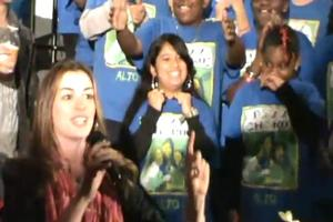 STAGE TUBE: Anne Hathaway Invites PS 22 to the Oscars