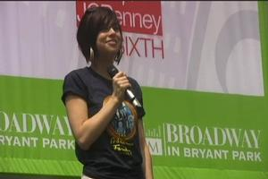 BWW TV: ADDAMS FAMILY Plays Bway in Bryant Park!