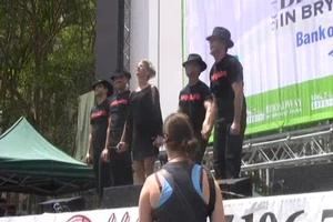 BWW TV: Broadway in Bryant Park - CHICAGO!