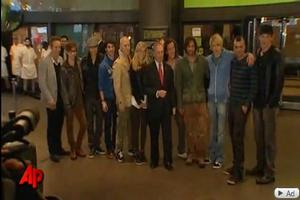 STAGE TUBE: GLEE Stars Meet Mayor Bloomberg
