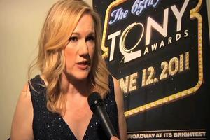 BWW TV: 2011 Tony Awards Winners Circle - Kathleen Marshall on Her New Tony: 'It's taller, heavier and it spins!'