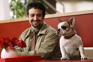 STAGE TUBE: Check Out Lin-Manuel Miranda on 'Modern Family'!